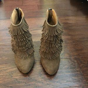 NEW Banana republic fringe leather booties size 6
